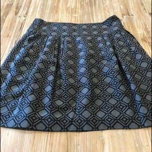 Banana Republic Size 6 graphic skirt